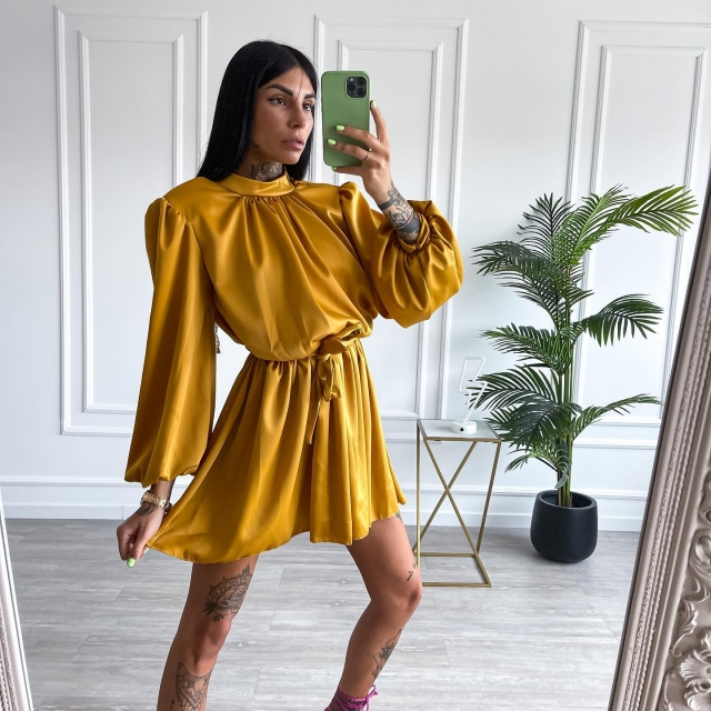 Tres chic ✨✨✨ Abito Lasserre - Ocra   📲 WWW.SAINTH.IT 🚚 Nel tuo guardaroba in 24/48h   ♥ Compra ora, paga a rate #love #like #dress #shoponline #winter #sainth #girls #italy #fashion #fall #lovethis #baby #shoppingonline #outfit #style #cute