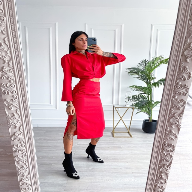 TOTAL RED ❤️🩹  💓⚡️ Visita il nostro sito www.sainth.it 🚚🍟 Nel tuo guardaroba in 24/48h   💸 Compra ora, paga come vuoi (anche a rate 💥)   #love #like #dress #shoponline #winter #sainth #girls #italy #fashion #fall #lovethis #baby #shoppingonline #outfit #style #cute